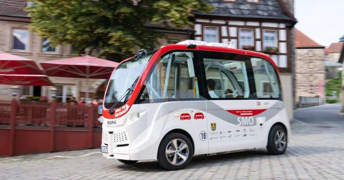 selbstfahrende-shuttlebusse-ber-1-000-fahrg-ste-in-ersten-vier-wochen